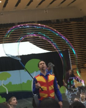 Giant Bubbles Kids Birthday Parties